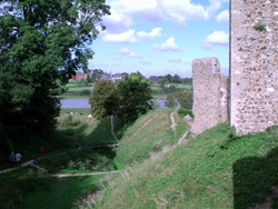 The side of Framlingham castle and a good view of the moat, which we walked around. Given what used to end up in the moat we weren't surprised to find it lush and well fertilised...
